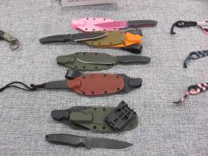Ardent knives